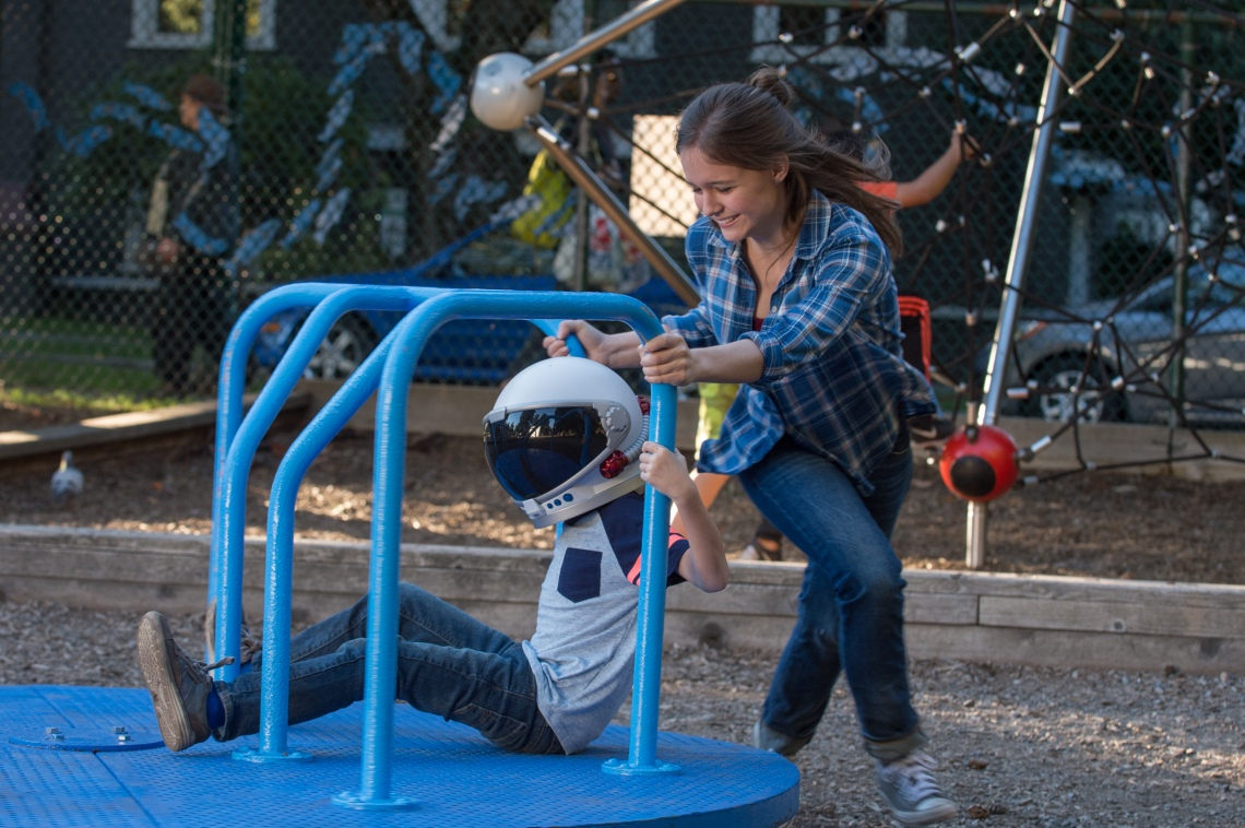 """Jacob Tremblay as """"Auggie"""" and Izabela Vidovic as """"Via"""" in WONDER."""