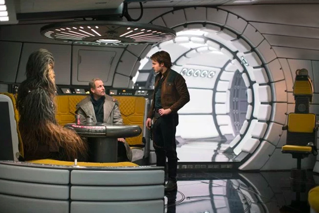 new-solo-a-star-wars-story-images-give-us-more-plot-details-and-characters-006