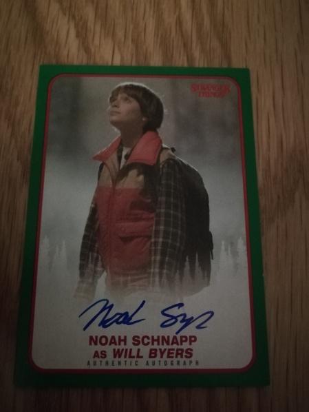 Topps carte autographe Noah Schnapp
